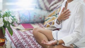 Amy Bell Yoga Teacher Wellness Wellbeing Lifestyle Blog